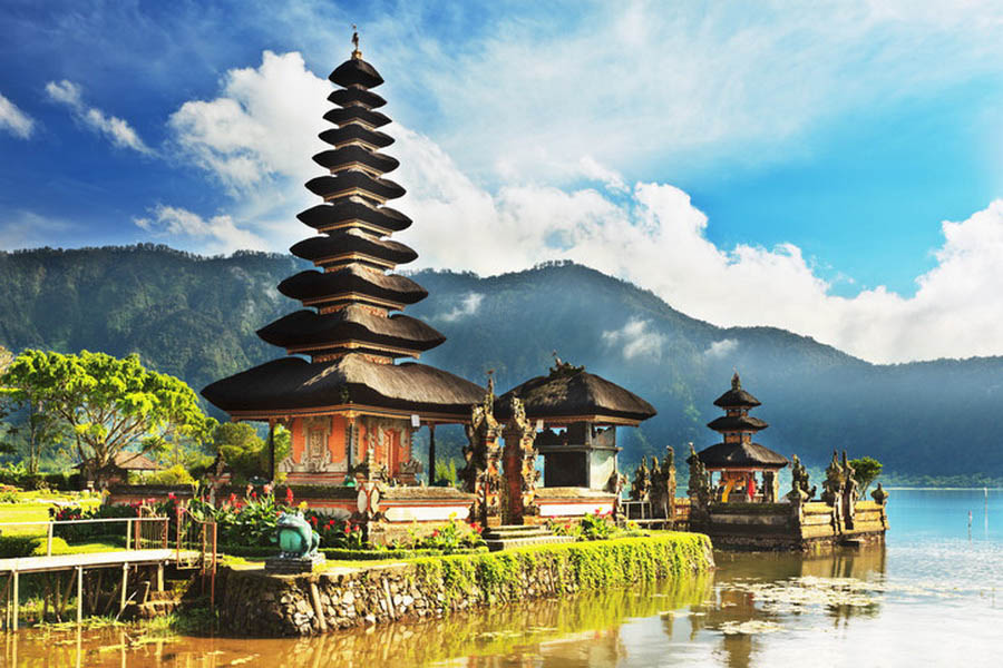 a-indonesie-bali-bedugul-temple-ulun-danu-7-go