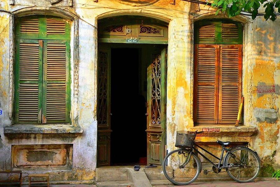 a-vietnam-hanoi-rue-go