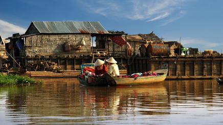 Cambodge-lac-tonle-sap-pecheurss