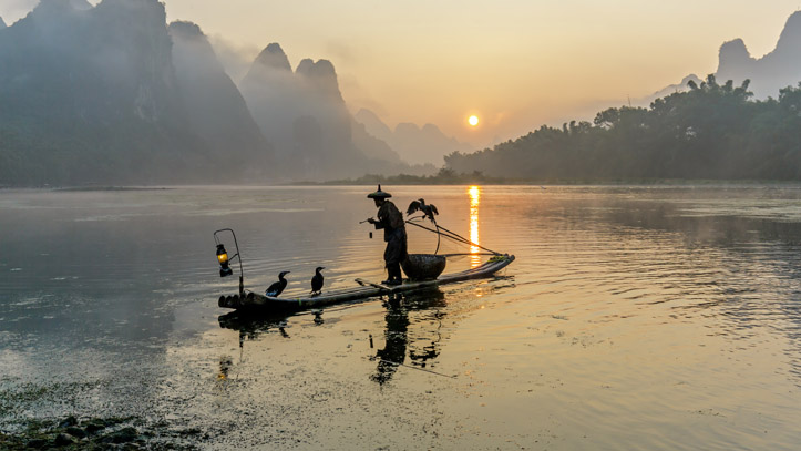 chine xingping li river pecheur