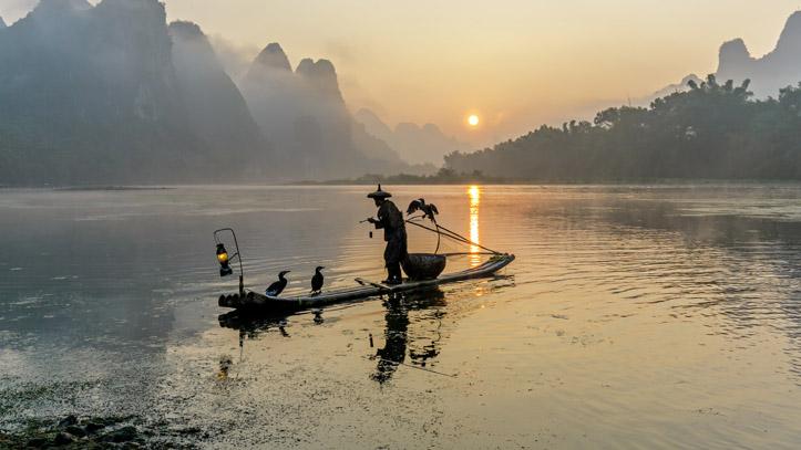 chine xingping li river pecheur