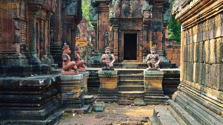 gardiens statues banteay srei temples cambodge
