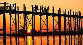 Coucher de soleil Mandalay Birmanie
