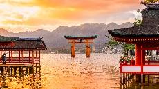 Miyajima-couché-soleil-torii