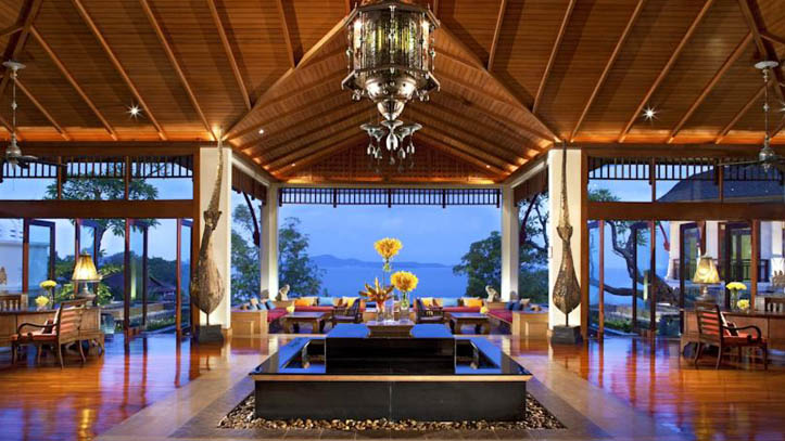 Pattaya Sheraton lobby
