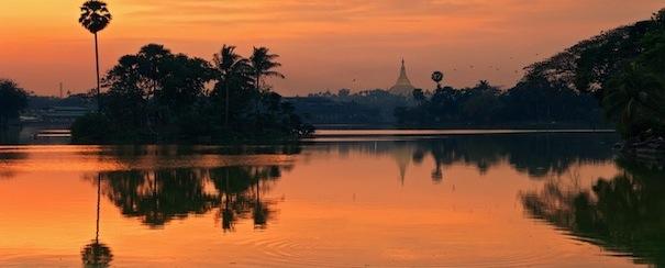Coucher de soleil Rangoon Birmanie