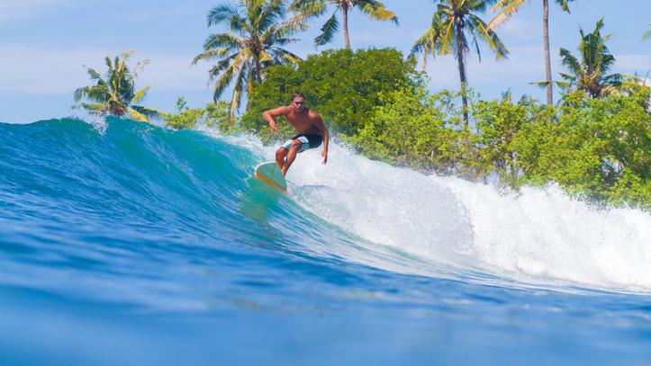 Bali ile indonésie surf
