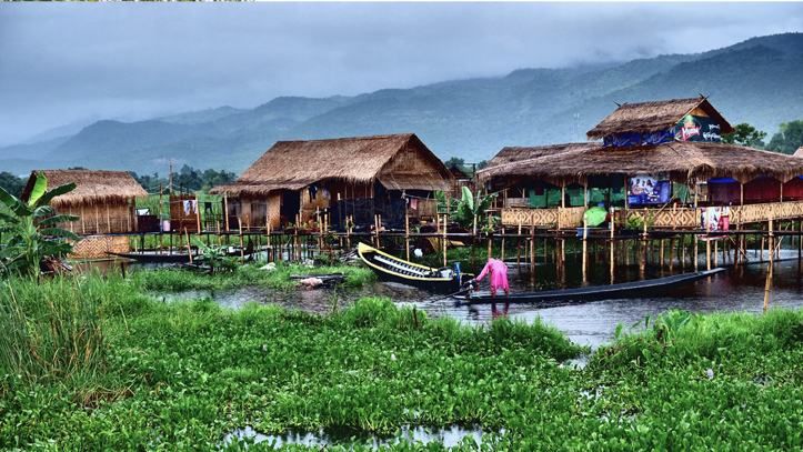Birmanie Lac Inle Maison bateau