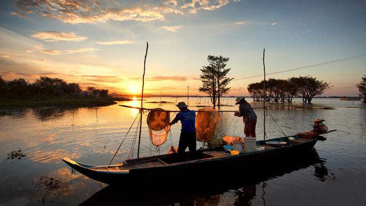 Cambodge Chaudoc Mekong pecheurs