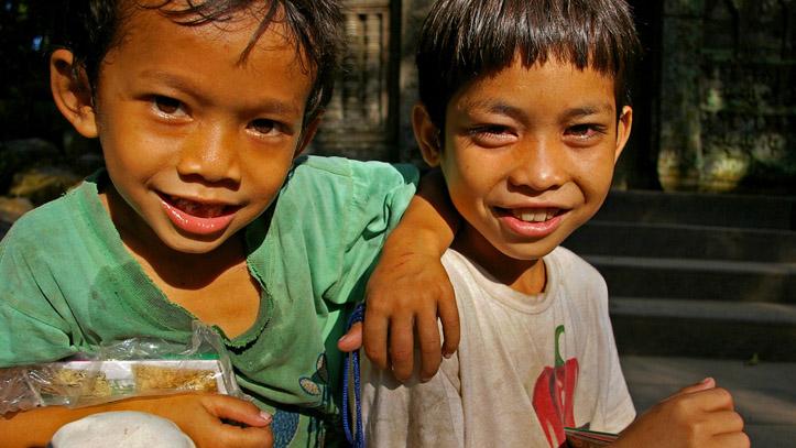enfants cambodgiens