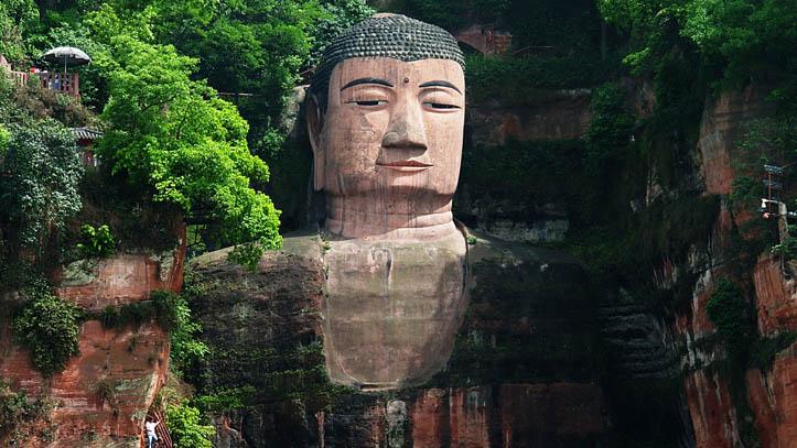 Grand bouddha pierre leshan sichuan Chine