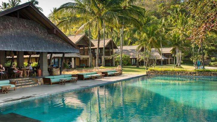 Jeeva Klui piscine palmiers liste