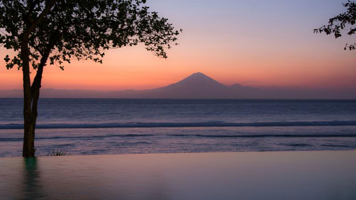Jeeva Klui plage coucher de soleil