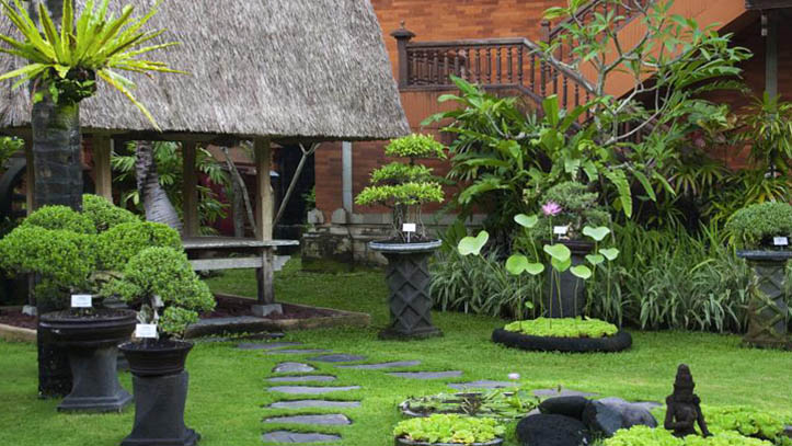 Keraton Jimbaran jardin