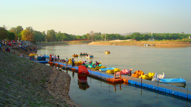 Lac Chandigarh Inde
