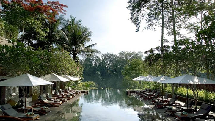 Maya Ubud piscine