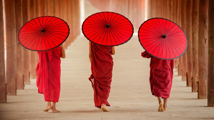 Moines Bouddhistes Birmans Pagodes