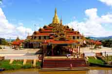 Pagode Phaung Daw Birmanie