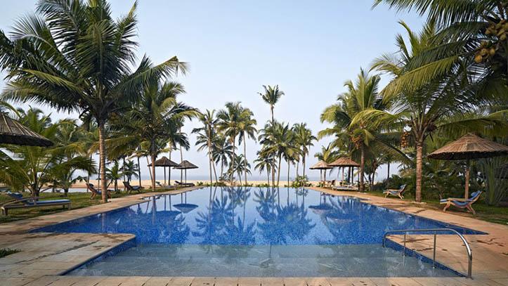 Piscine Hotel Neeleshwar