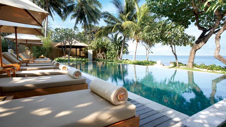 Qunci villa piscine