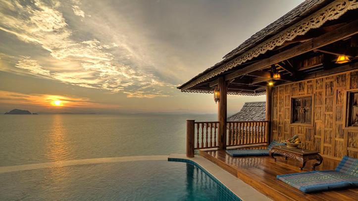 santhiya mer villa