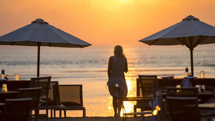Segara Village plage coucher soleil