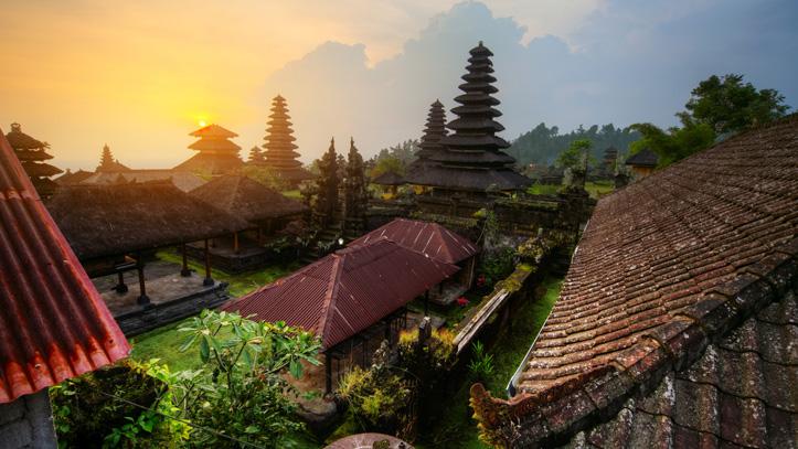 Temple Pura Besakih Bali