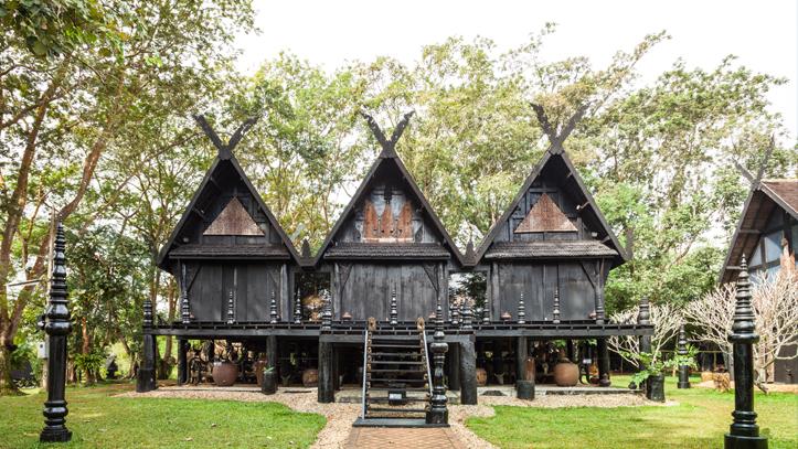 Thailande Chiang Rai Temple noirs