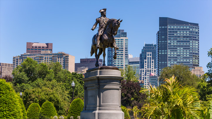 Boston Parc Washington Statue