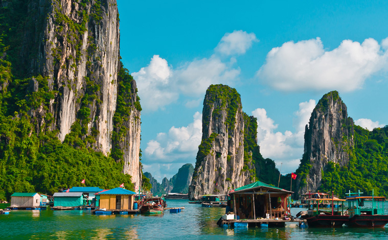 vietnam-village-flottant-halong-promo