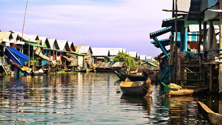 Un authentique village flottant, sur les eaux du lac Tonlé Sap, alimenté par le mythique Mékong !