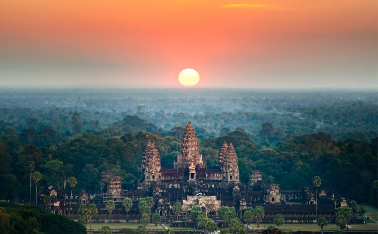 vue aerienne temple angkor wat cambodge