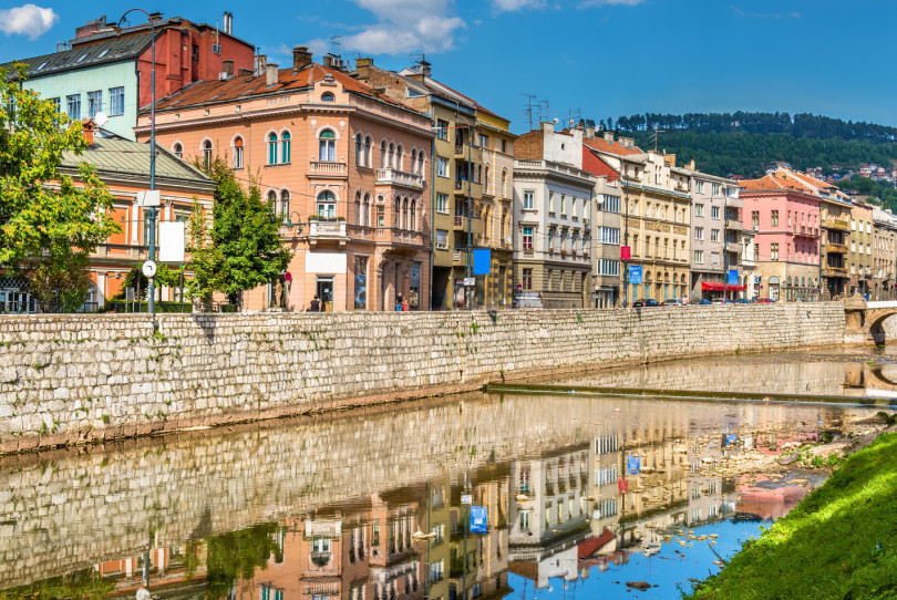 La rivière Miljacka à Sarajevo